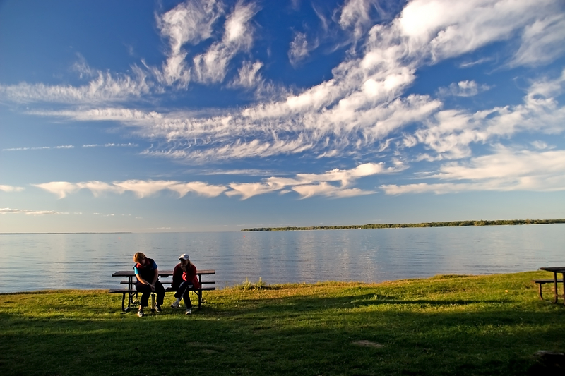 Lake simcoe tourism lake simcoe fishing for Lake simcoe fishing